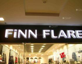 Световая вывеска для магазина одежды